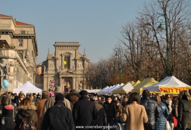 Mercatino Fiera Santa Lucia Bergamo