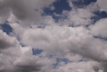 169077875-funesto-figura-de-nube-nube-de-lluvia-nubes-moviendose