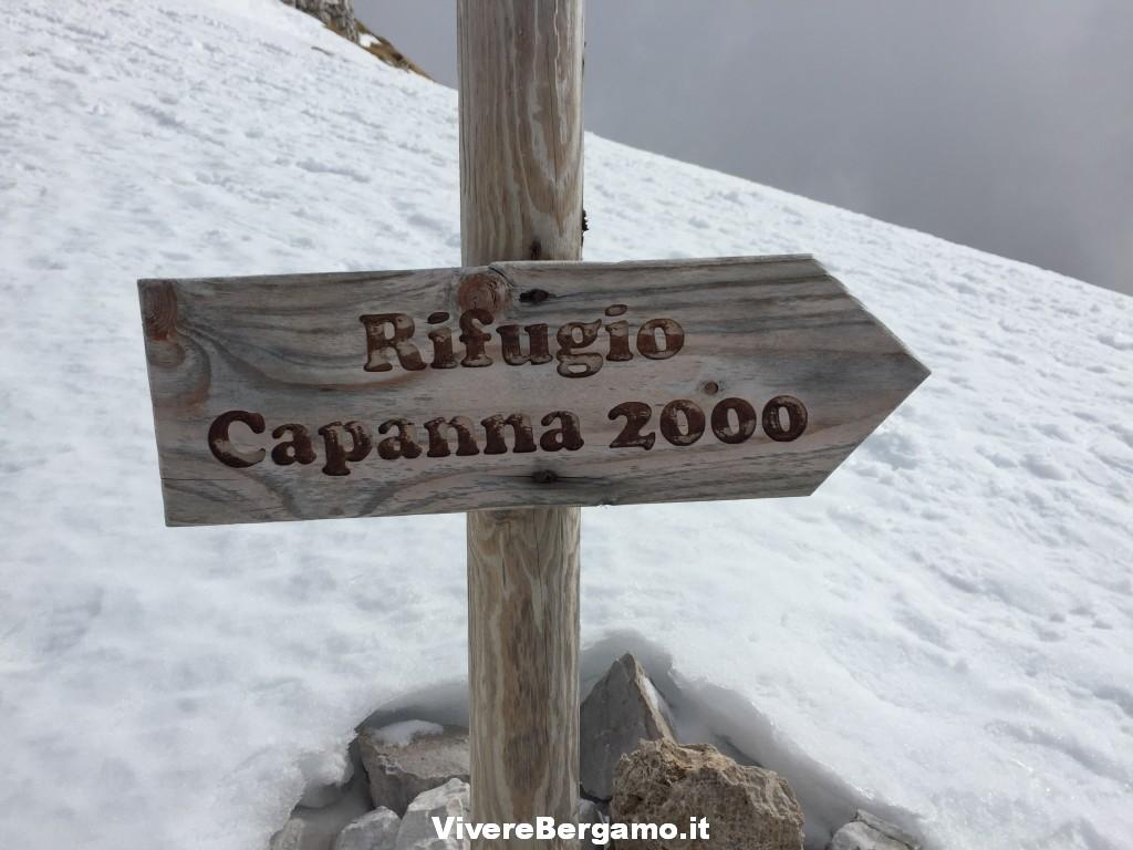 Sentiero Capanna 2000 Oltre il colle