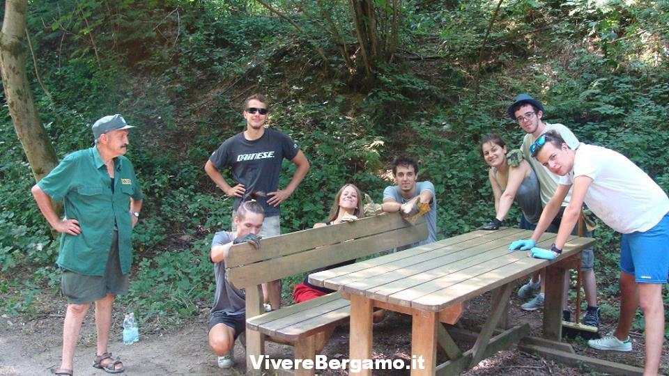 Volontari giovani Bergamo