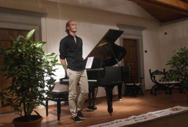 Andrea Tonoli pianista