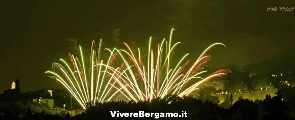 Spetaccolo pirotecnico Fuochi stadio 2016 Borgo santa Caterina Bergamo