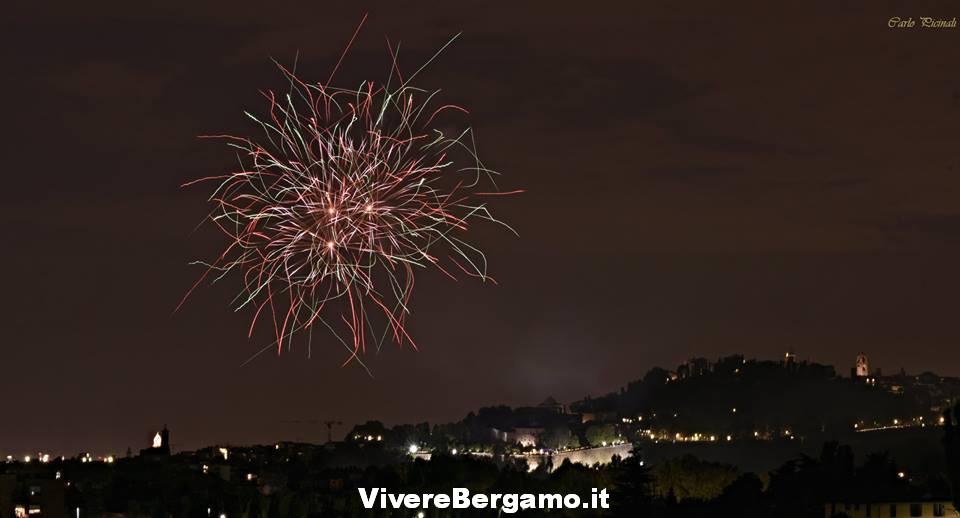 Foto Fuochi stadio 2016 Borgo santa Caterina Bergamo
