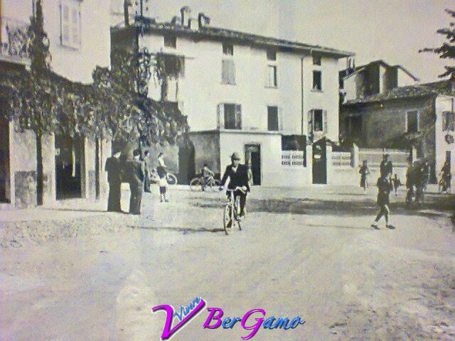 CASTRO 1949 Piazza del porto